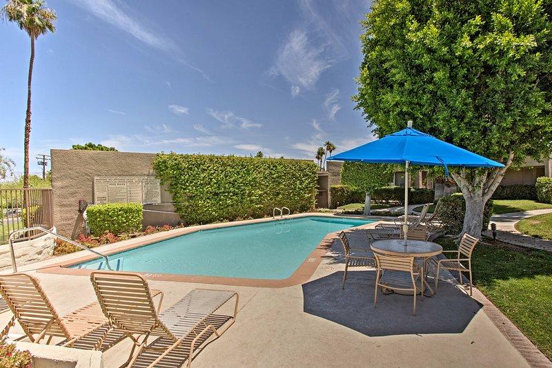 Détendez-vous dans ce studio de location de vacances à Palm Desert.