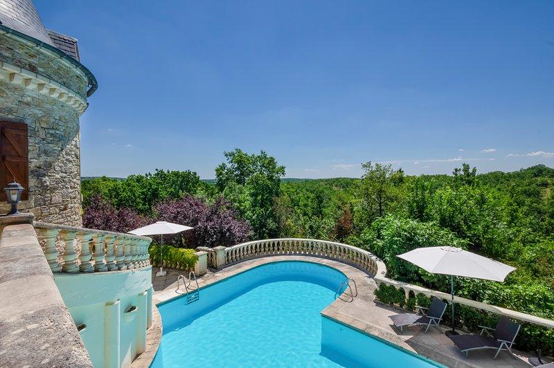 Cambayrac Chateau Sleeps 20 with Pool - 5049461, holiday rental in Albas