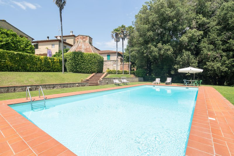 Grecciano Villa Sleeps 9 with Pool and WiFi - 5226980, vacation rental in Crespina