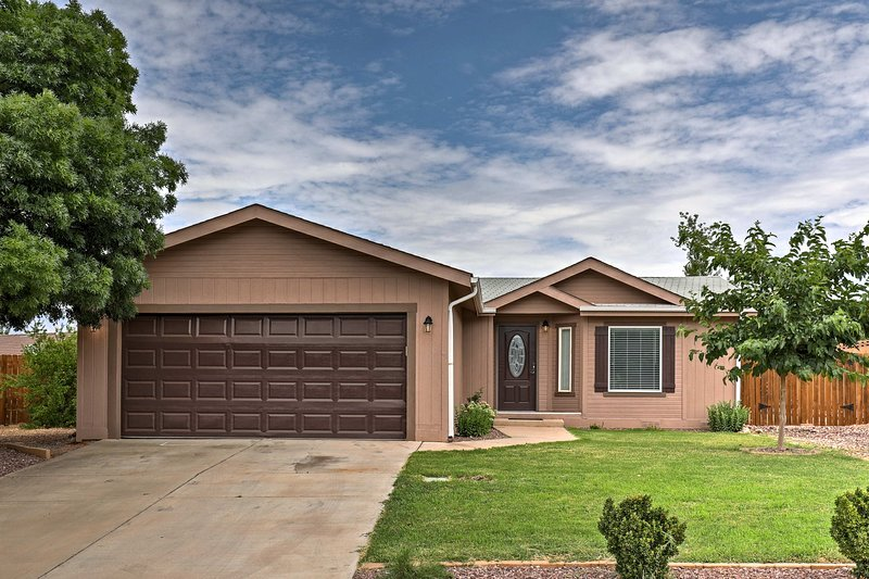 Experience the beauty of Southern Utah from this vacation rental home!
