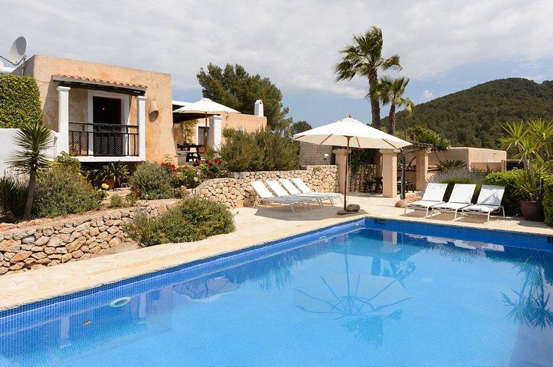 Romero I, Villa-Finca 5StarsHome Ibiza, holiday rental in Sant Josep de Sa Talaia