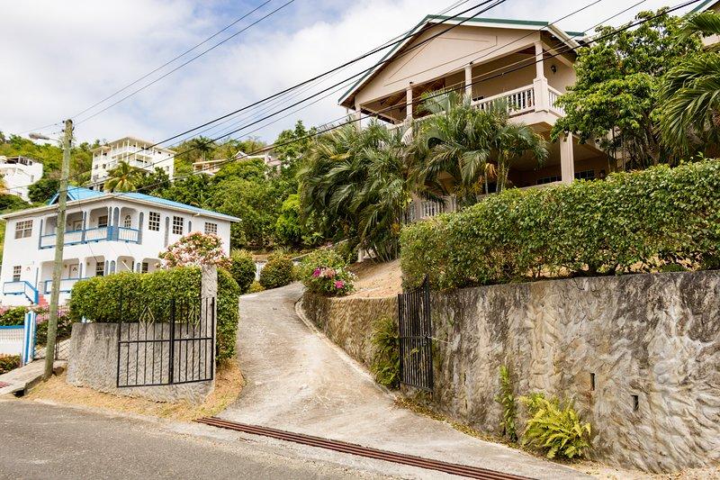 Rodney Cap Villa, quiet place near the action, location de vacances à Rodney Bay