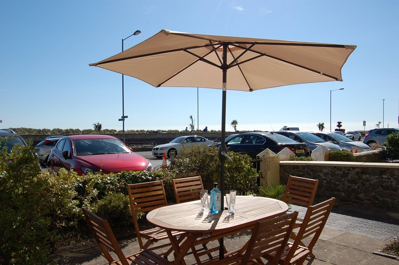 Sand Dune View Apartment No 4, holiday rental in Barmouth