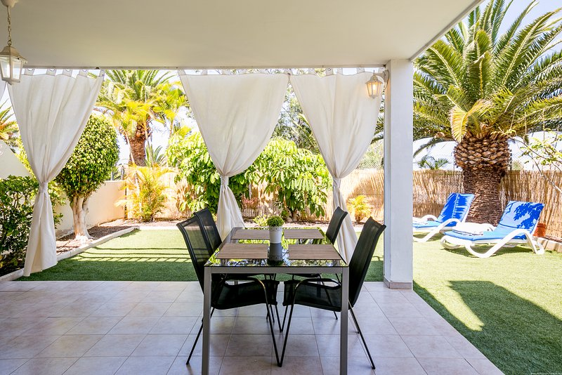 Amazing 2-bedroom apartment, location de vacances à Costa Adeje