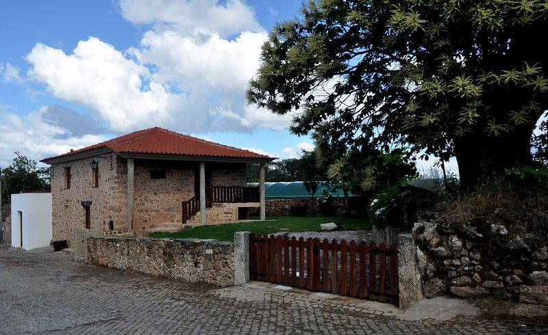 Beautiful house with mountain view, holiday rental in Macedo de Cavaleiros