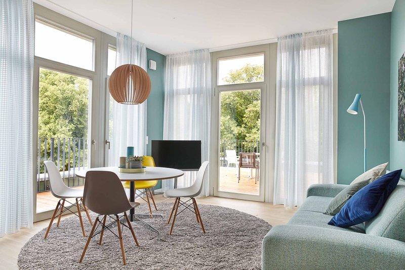 Park Penthouses Insel Eiswerder – 2-bedroom M apartment, vacation rental in Oberkraemer