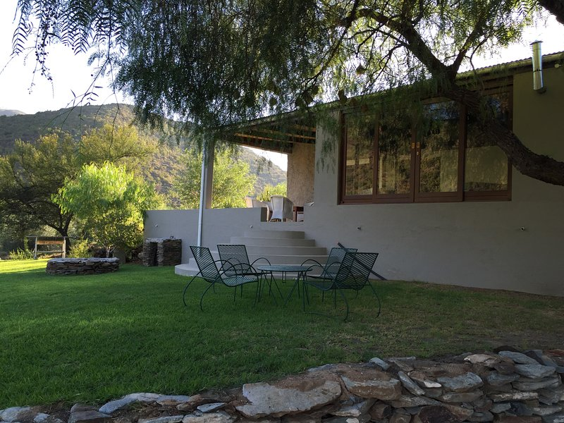 Matjiesvlei Cottages: Die Stalle, holiday rental in Calitzdorp