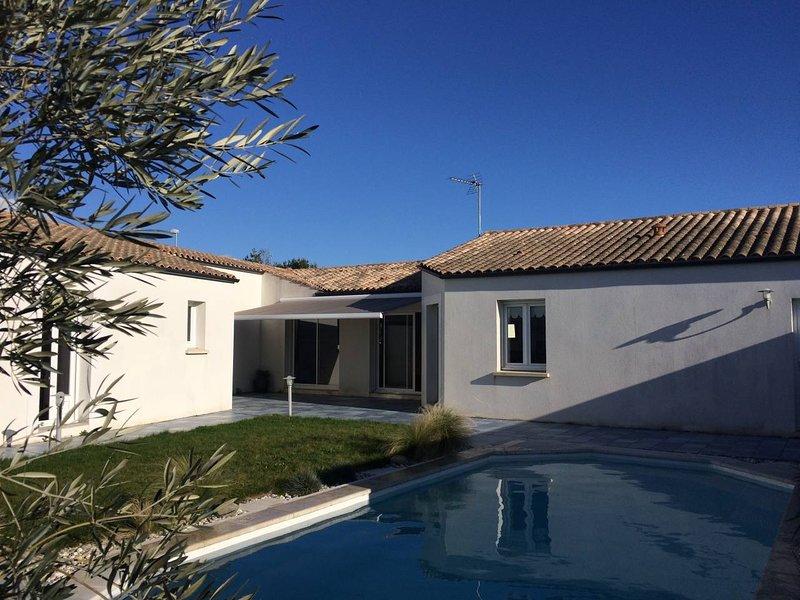 Maison de vacances avec piscine à Angoulins ****, alquiler vacacional en La Jarne