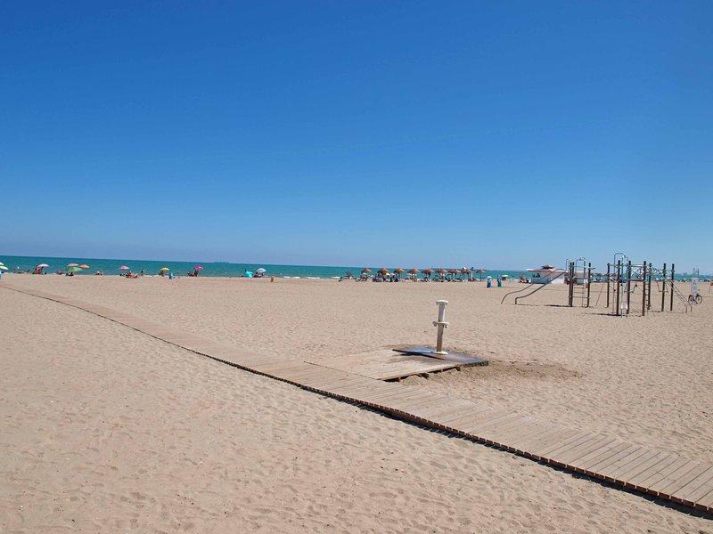 Alrededores. Playa de la Patacona. Surroundings. Patacona beach.