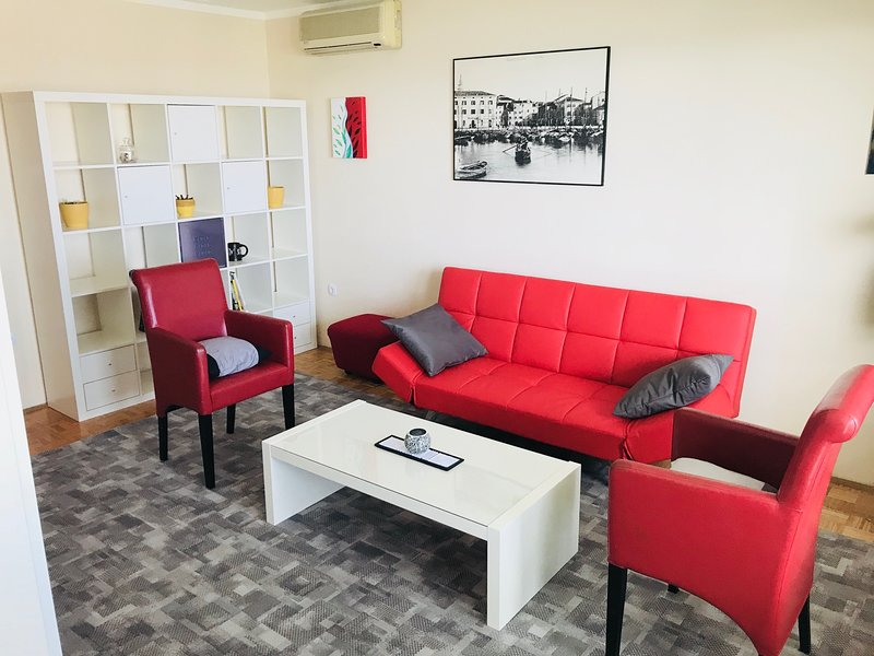 Apartment Hotel MaMa SAK1, vacation rental in Smarje