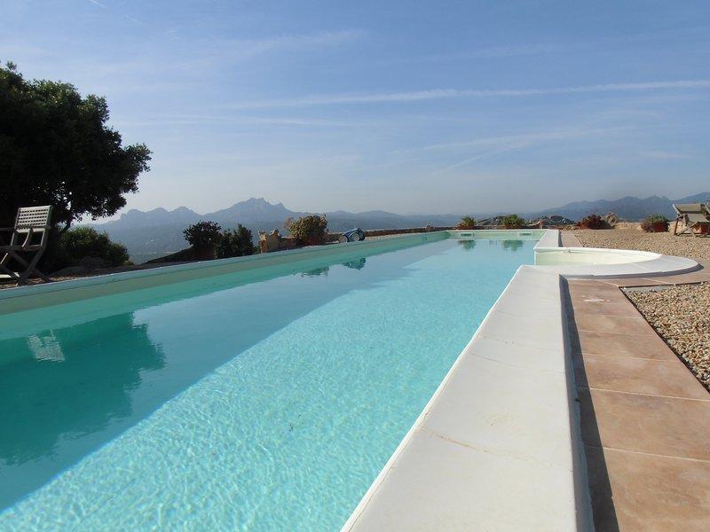 Private Pool(17,5mx3,5 m x 1,7m)