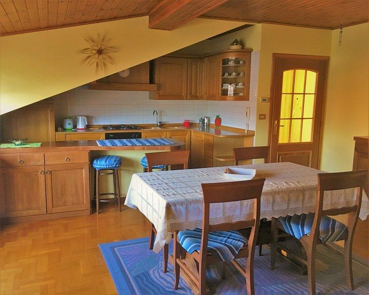 APPARTAMENTO GORGOTTO, holiday rental in Gravedona ed Uniti