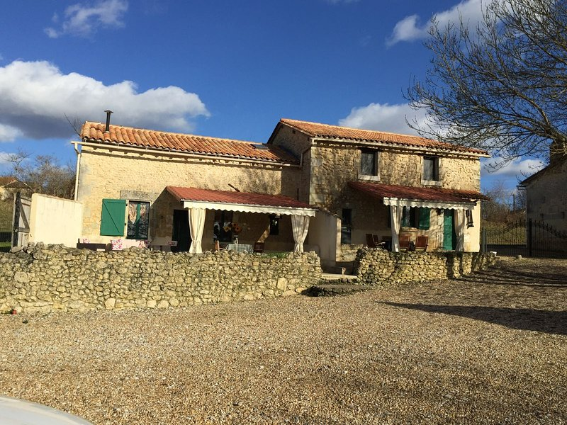 chez pochou, holiday rental in Chenaud