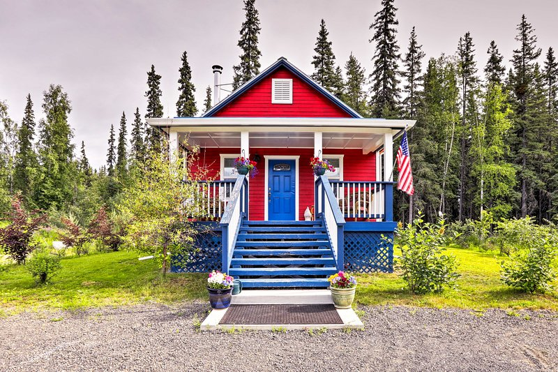 This vacation rental cottage boasts room for 2!