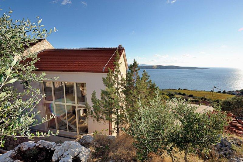 Exklusives Steinhaus - Südseite Insel Hvar, holiday rental in Zavala