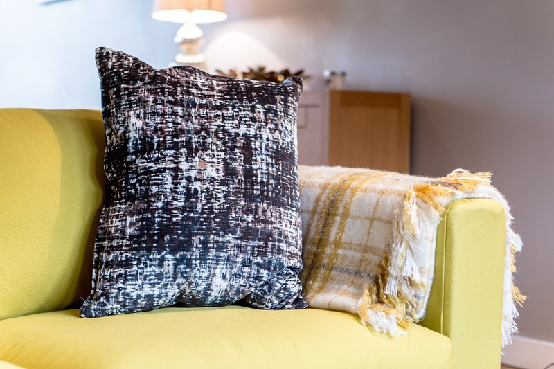 Coussin décoratif sur le canapé
