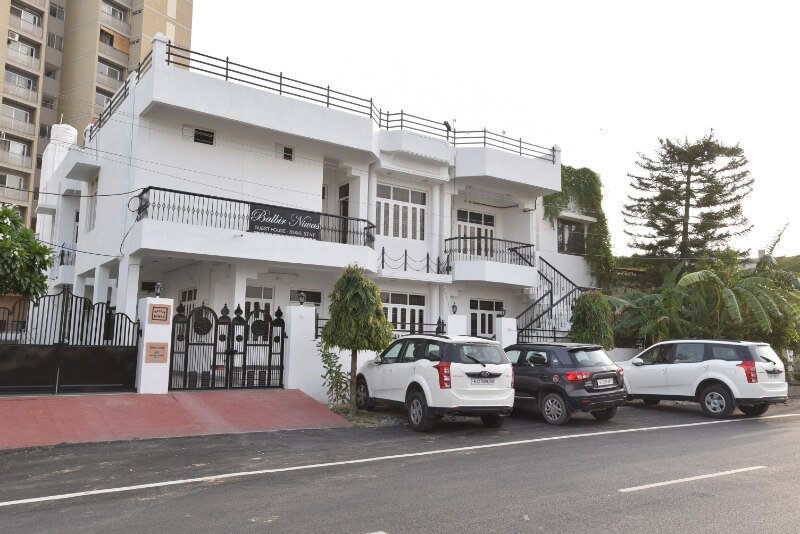 BALBIR NIWAS GUESTHOUSE- HOMESTAY, vacation rental in Udaipur District