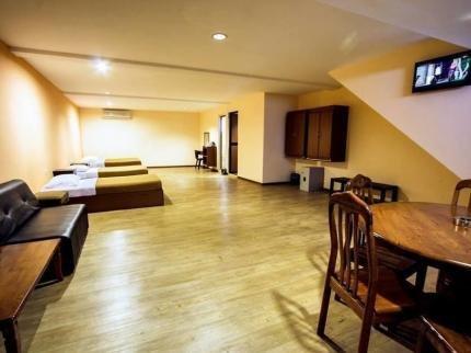 SSINN Homestay Holiday Apartments (Standard Room 7), alquiler vacacional en Durian Tunggal