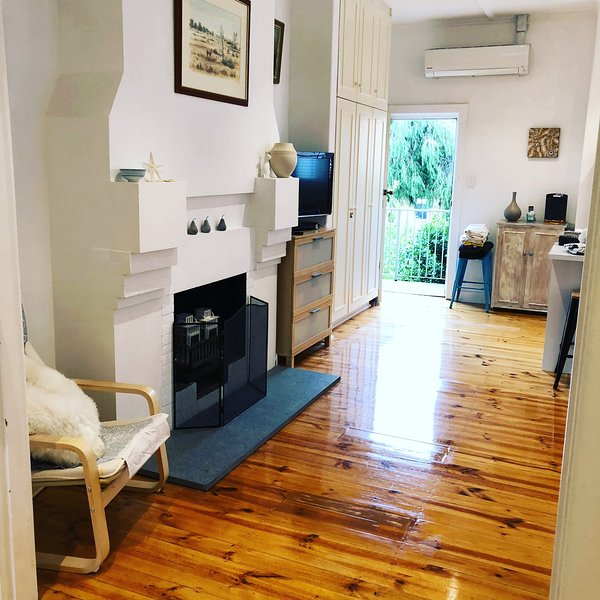 Help Me Find Apartments For Rent: Iluka Beach Apartment