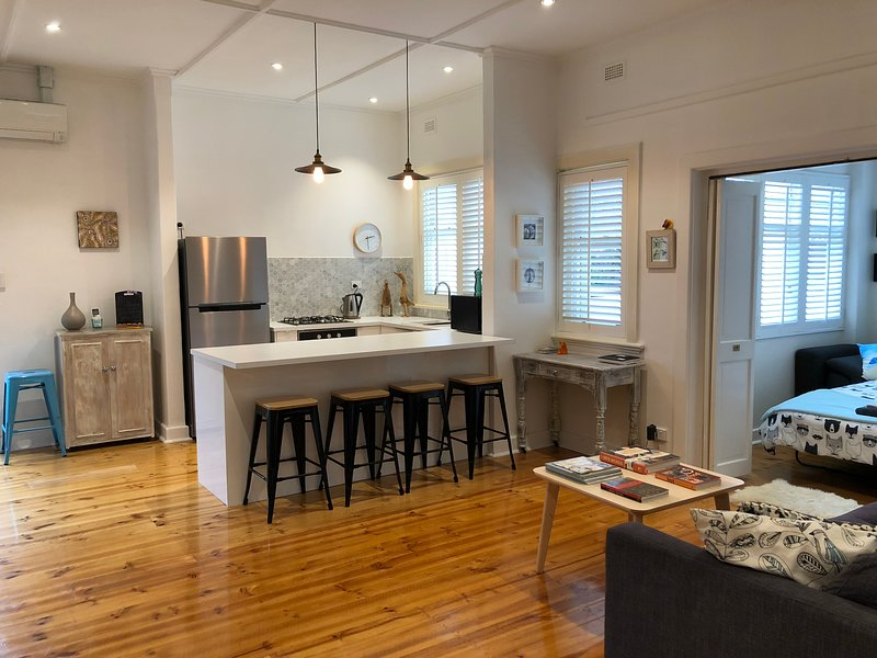 Iluka Beach Apartment, vacation rental in Unley