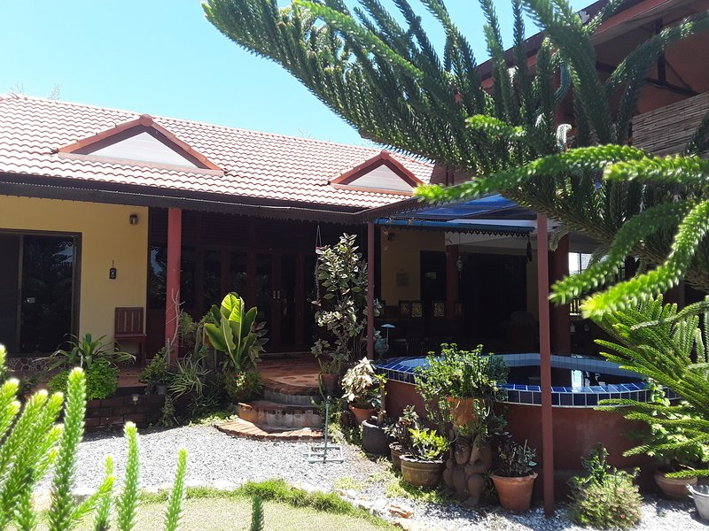 Sunian Cottage, holiday rental in Pranburi