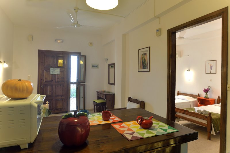 Captain's Apartments in Barbati Corfu, holiday rental in Barbati