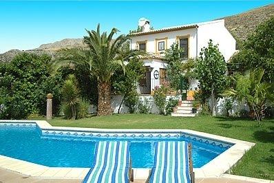 3 bedroom Villa with Pool - 5000370, alquiler de vacaciones en Cañete La Real