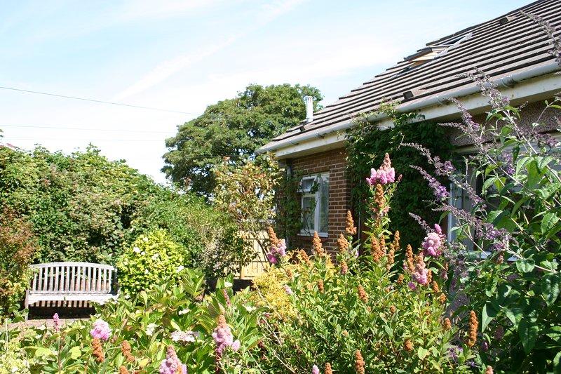 Prestwick Holiday Let with Large Garden, aluguéis de temporada em Prestwick