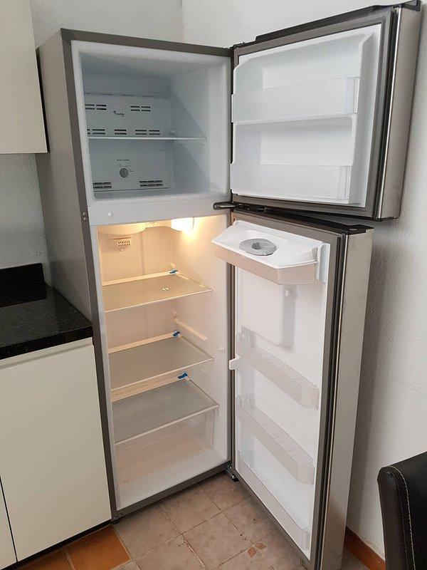 Fridge Space / Freezer