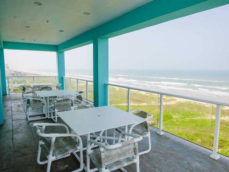 5 BEDROOM BEACHFRONT CONDO - 4th Floor, location de vacances à Île de South Padre