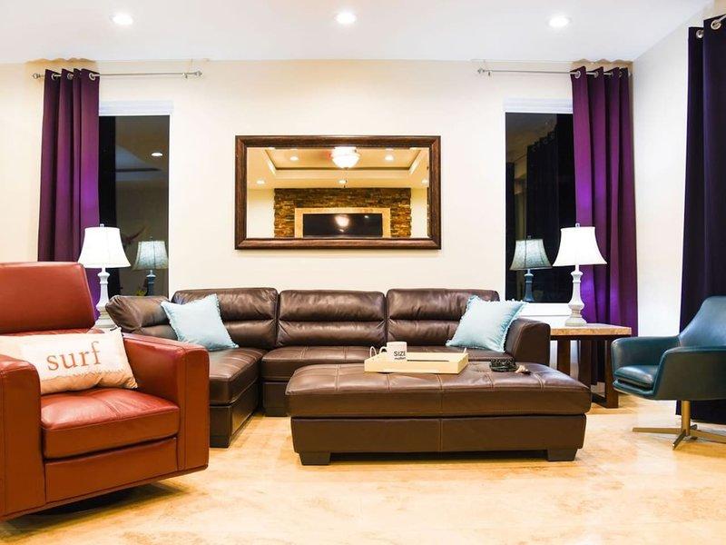 5 BEDROOM BEACHFRONT CONDO - 3rd Floor, location de vacances à Île de South Padre