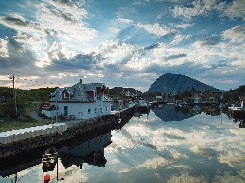 Batalden Ishus is located in the beautiful port of the island of Fanøya
