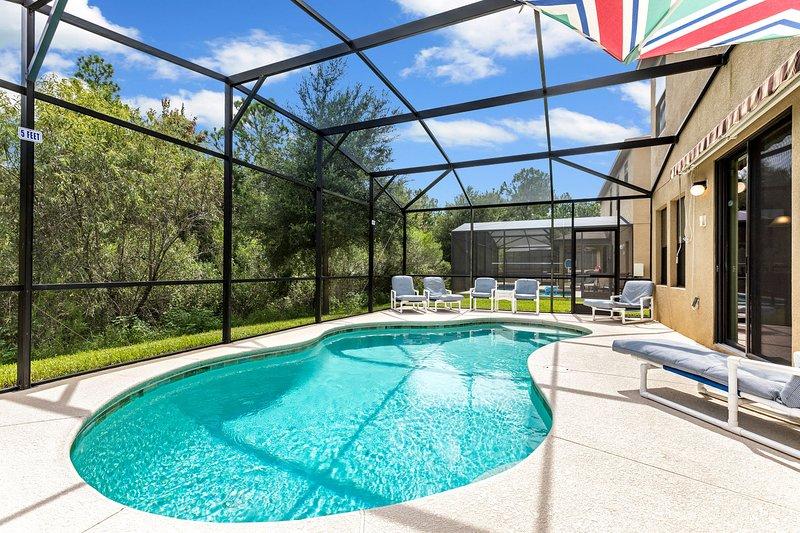 Enjoy the sun in a Florida Villa