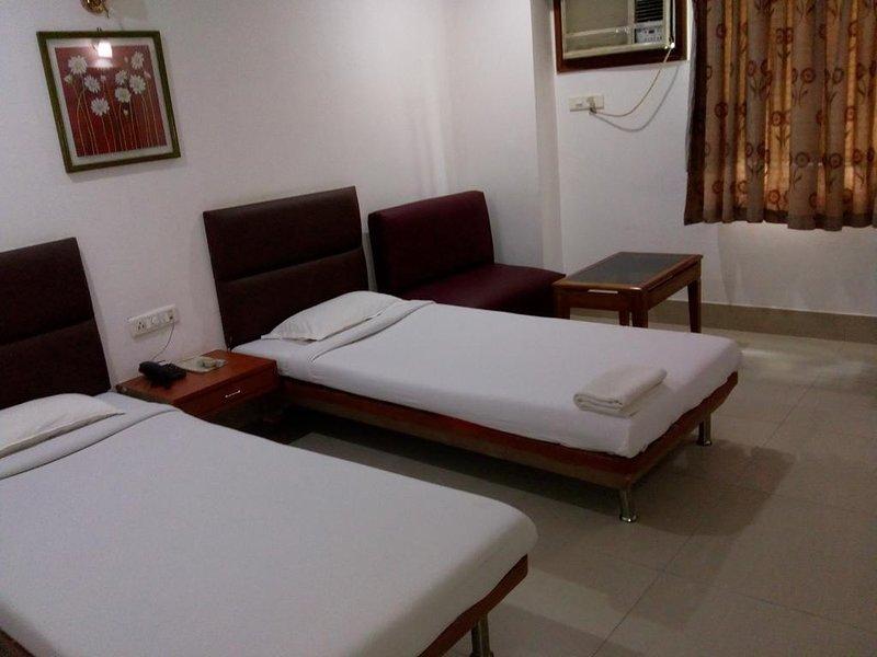 Hotel Rodali Residency Standard Room 5, alquiler de vacaciones en Guwahati