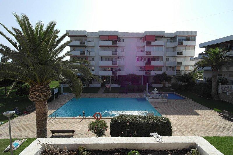 VG1C, Amplio apartamento Urb. Villa Grande Villajoyosa, location de vacances à Villajoyosa