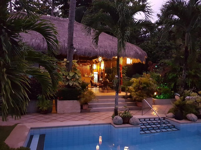 Palmhill, holiday rental in Panay Island