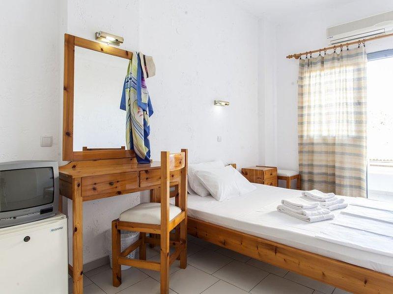 Hotel Solano Double Room 3, casa vacanza a Agriana