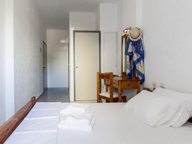 Hotel Solano Double Room 5, casa vacanza a Agriana