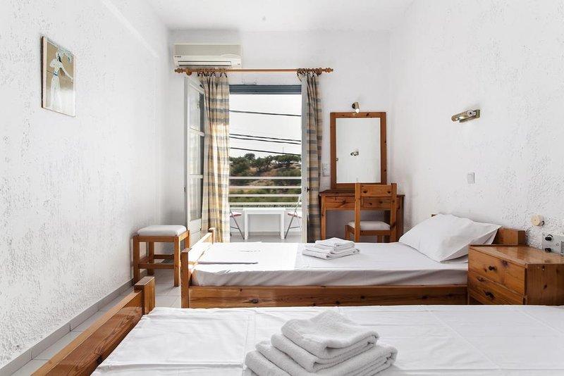 Hotel Solano Twin Room 4, casa vacanza a Agriana