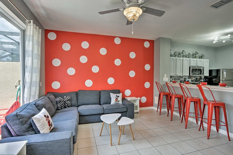 Your Disney-Themed Dream Home < 5 Mi to WDW Resort, holiday rental in Four Corners