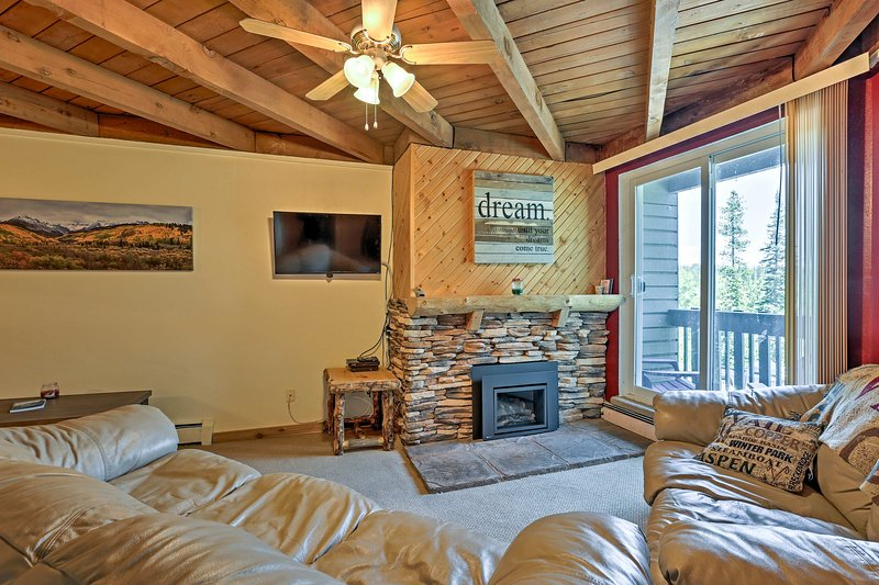 Silverthorne Condo w/ Pool Access, Near Keystone!, location de vacances à Silverthorne