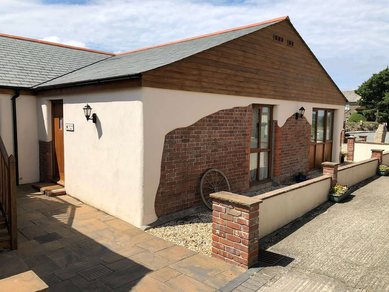 Nest Box, holiday rental in Bude