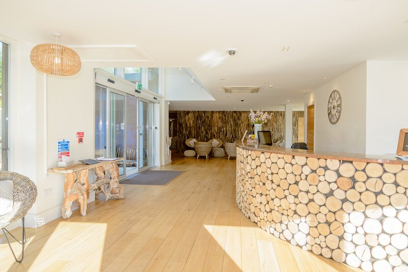 2 x Swimming pools, sauna, steam room, plunge/eco pool and fully equipped gymnasium at the Spa