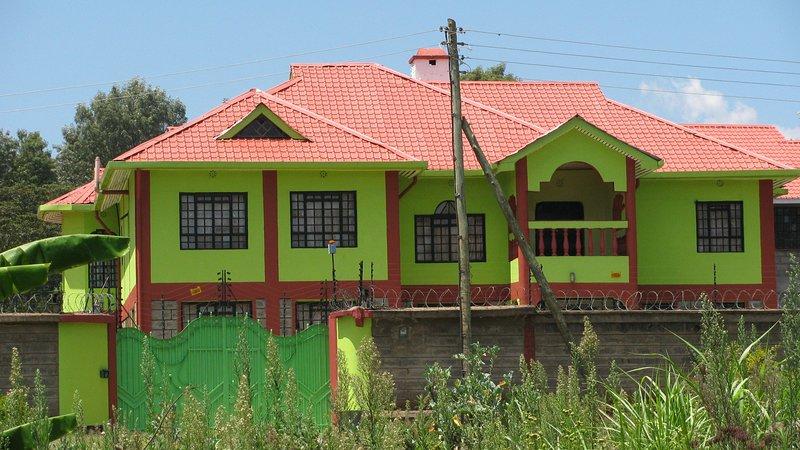Guest house at Green house, location de vacances à Kiserian