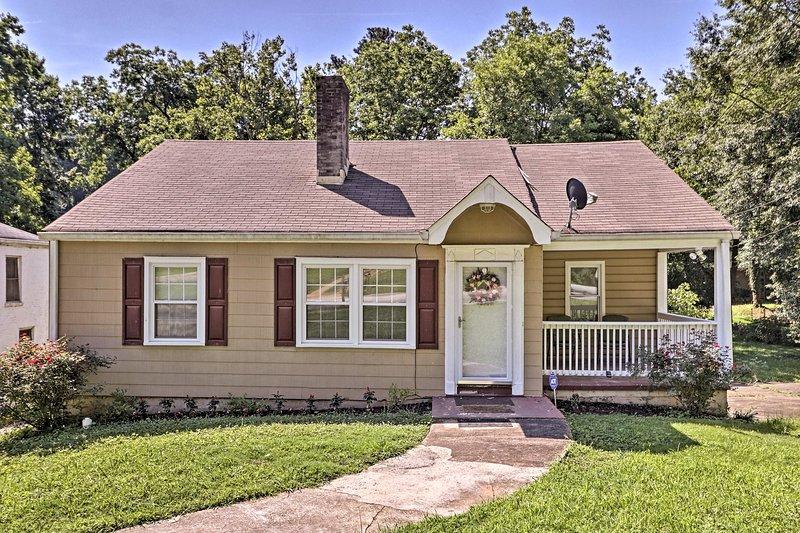 Cette maison de vacances de 3 chambres à coucher, 1 salle de bains Atlanta peut accueillir 6!