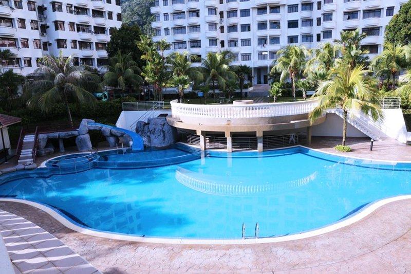Cozy Home at Batu Ferringhi, Penang #2, vacation rental in Teluk Bahang