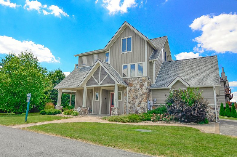 Rapture, vacation rental in McHenry