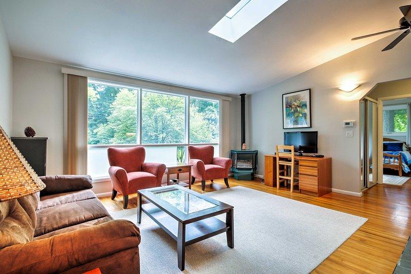 Med sängar för 9, är detta Kensington hem perfekt för familjer.