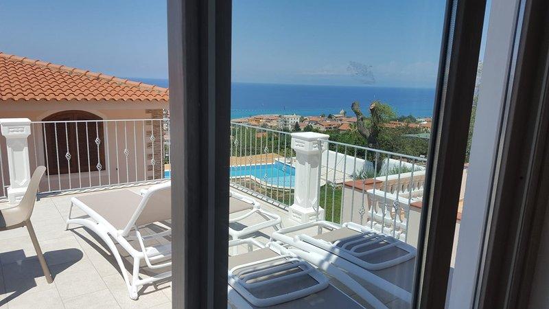 Borgo Panoramico Apartaments Tropea n.2, Ferienwohnung in Tropea