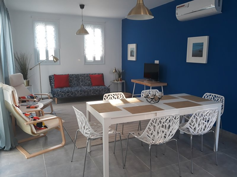 Blue Diamond Villas Paphos (100 m from the beach), holiday rental in Geroskipou